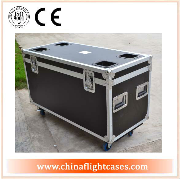 Utility Trunks - Utility Trunk With Caster - Measures 29.5 i